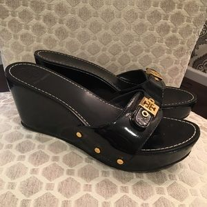Tory Burch shoes with wooden wedge. 9.5